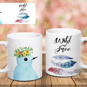 чашка с птичкой на столе