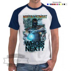 мужчина в футболке Мортал комбат