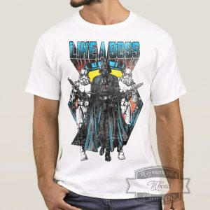 мужик в футболке дарта вейдера