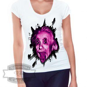 девушка в футболке с Эйнштейном