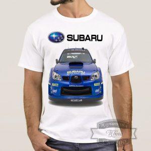 Мужик в футболке с машиной