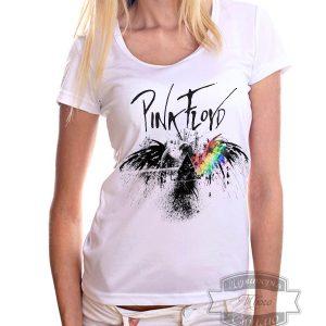 девушка в футболке пинк флойд