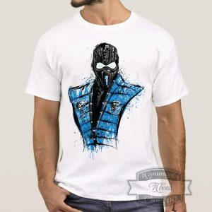мужчина в футболке с сабзиро