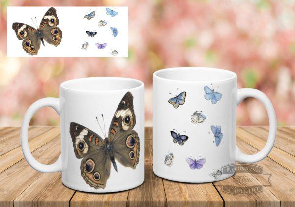 белая кружка с бабочками