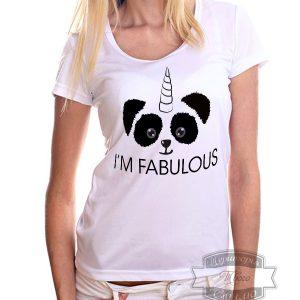 девушка в футболке я сказочная