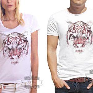 мужчина и женщина в футболке с тигром
