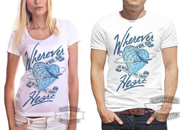 мужчина и женщина в футболке с самолетом
