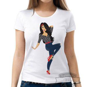 Футболка девушка в джинсах